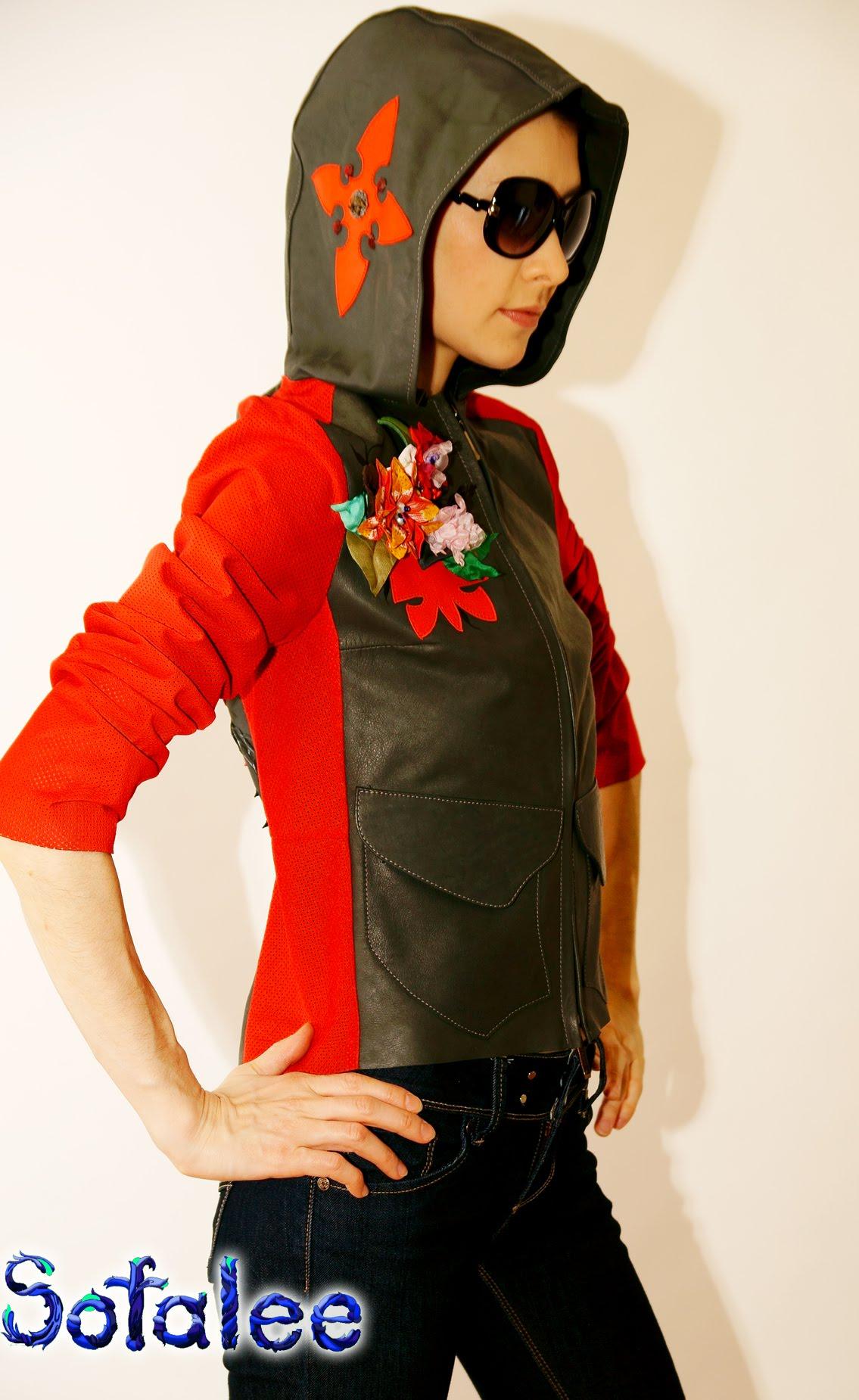 №128А Куртка кожаная женская с капюшоном