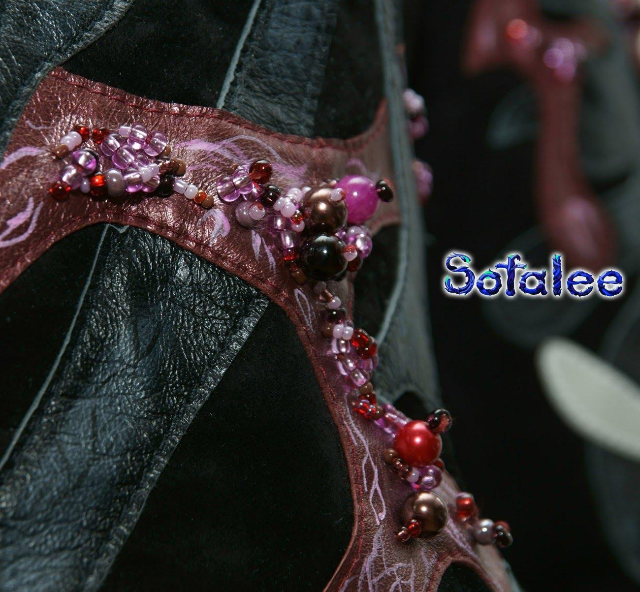 деталь женственная дизайнерская кожаная куртка 000