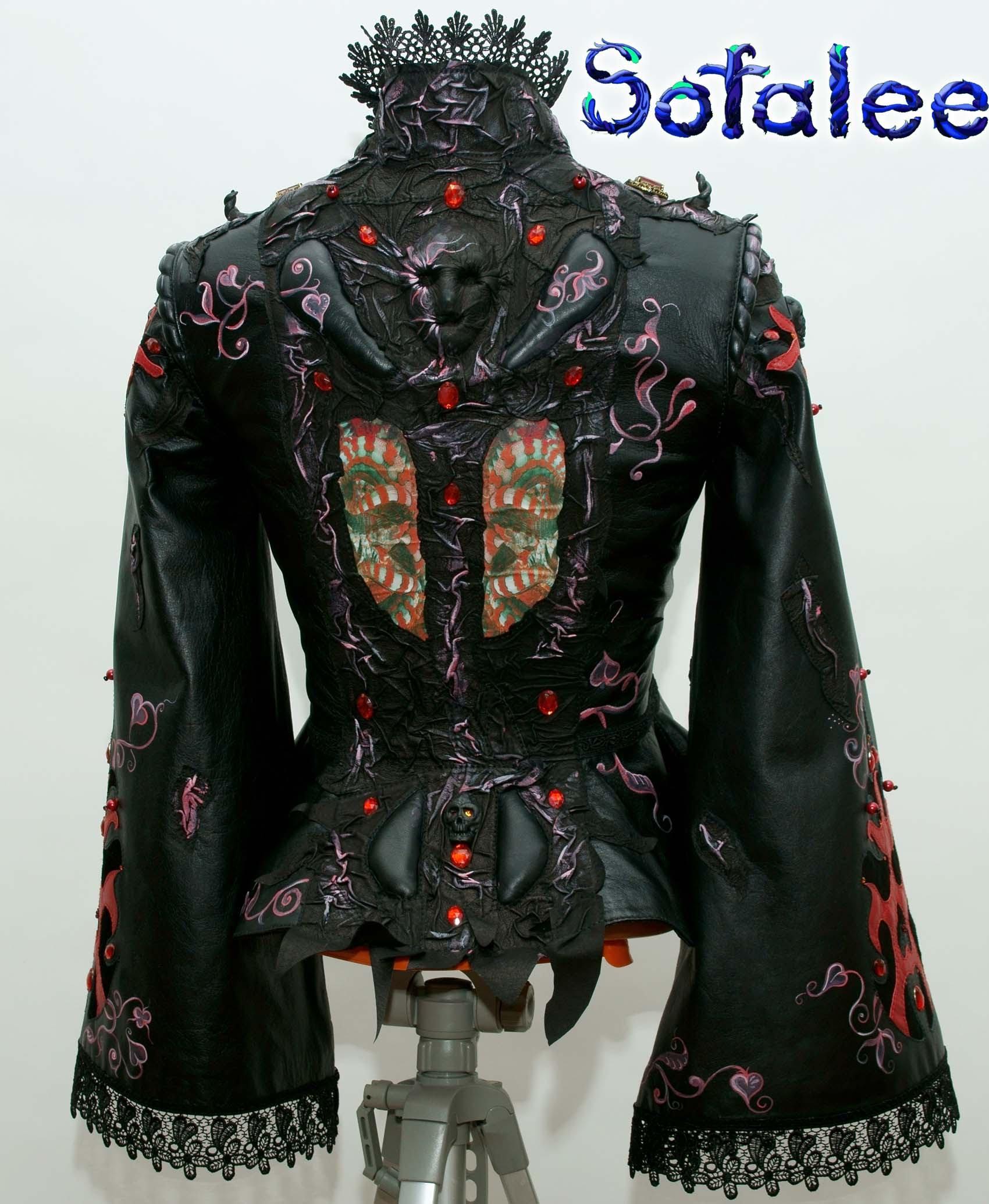 кожаный костюм юбочный 000
