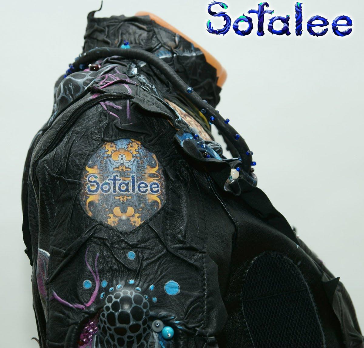 Куртка-жакет женский из кожи в стиле фэнтези 001