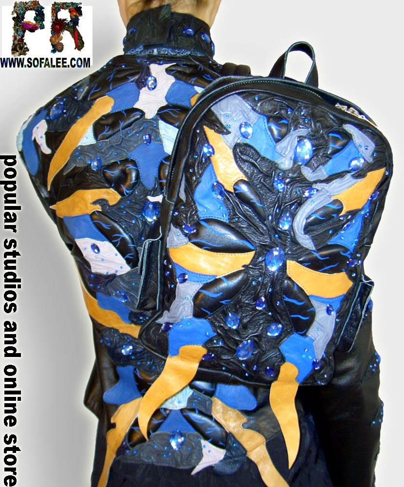 Мото-байкерская кожаная куртка с рюкзаком.