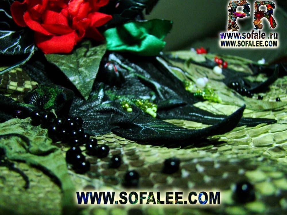 Эксклюзивная вышивка из цветов,листьев,ягод...фото 6