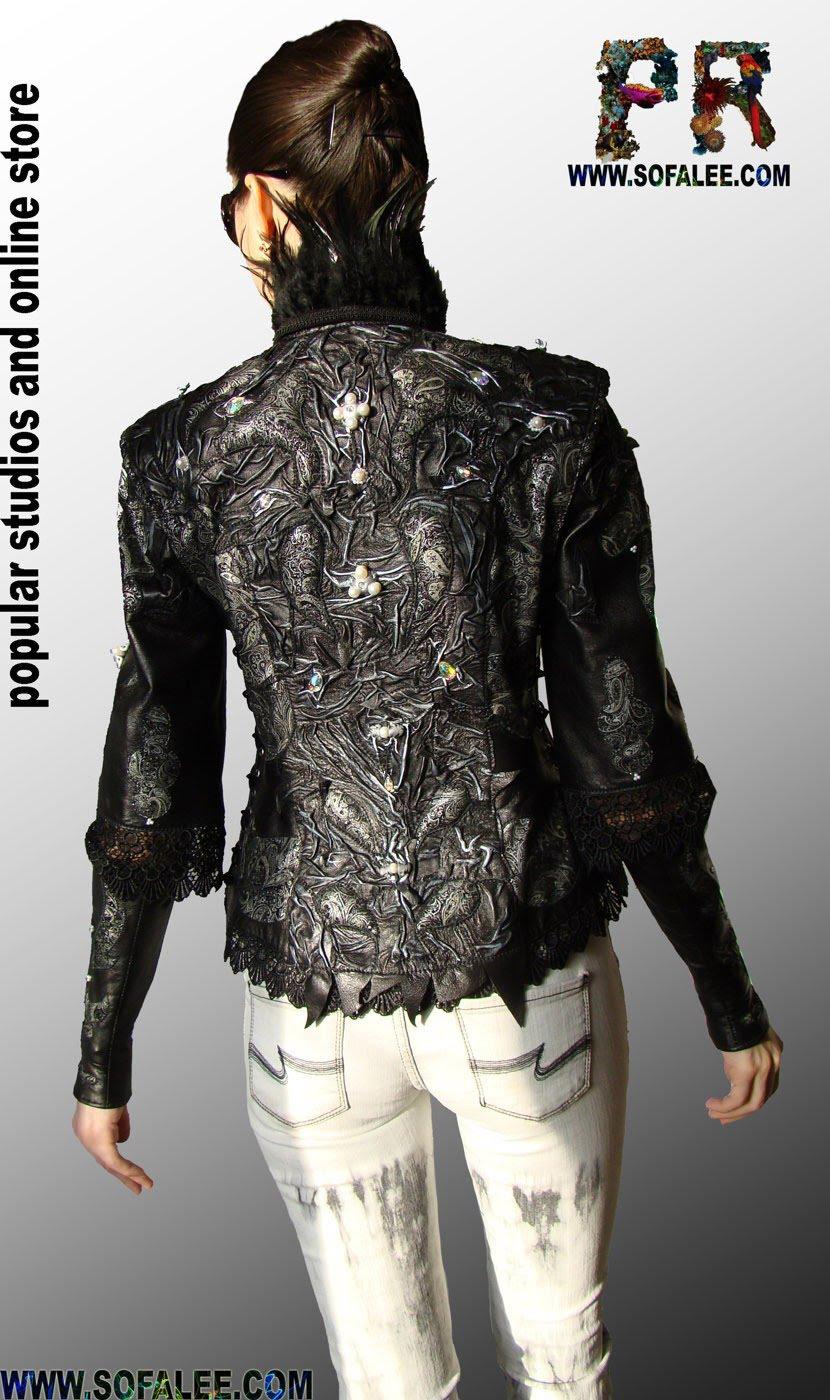 Изысканная куртка-жилетка с кожаными митенками.