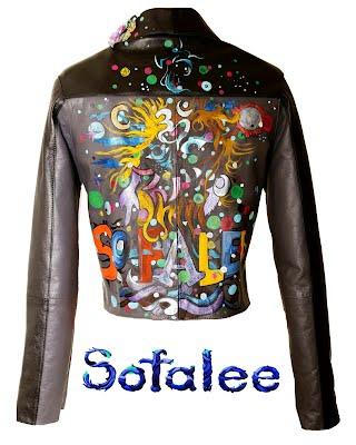 Где купить не дорогую брендовую куртку?