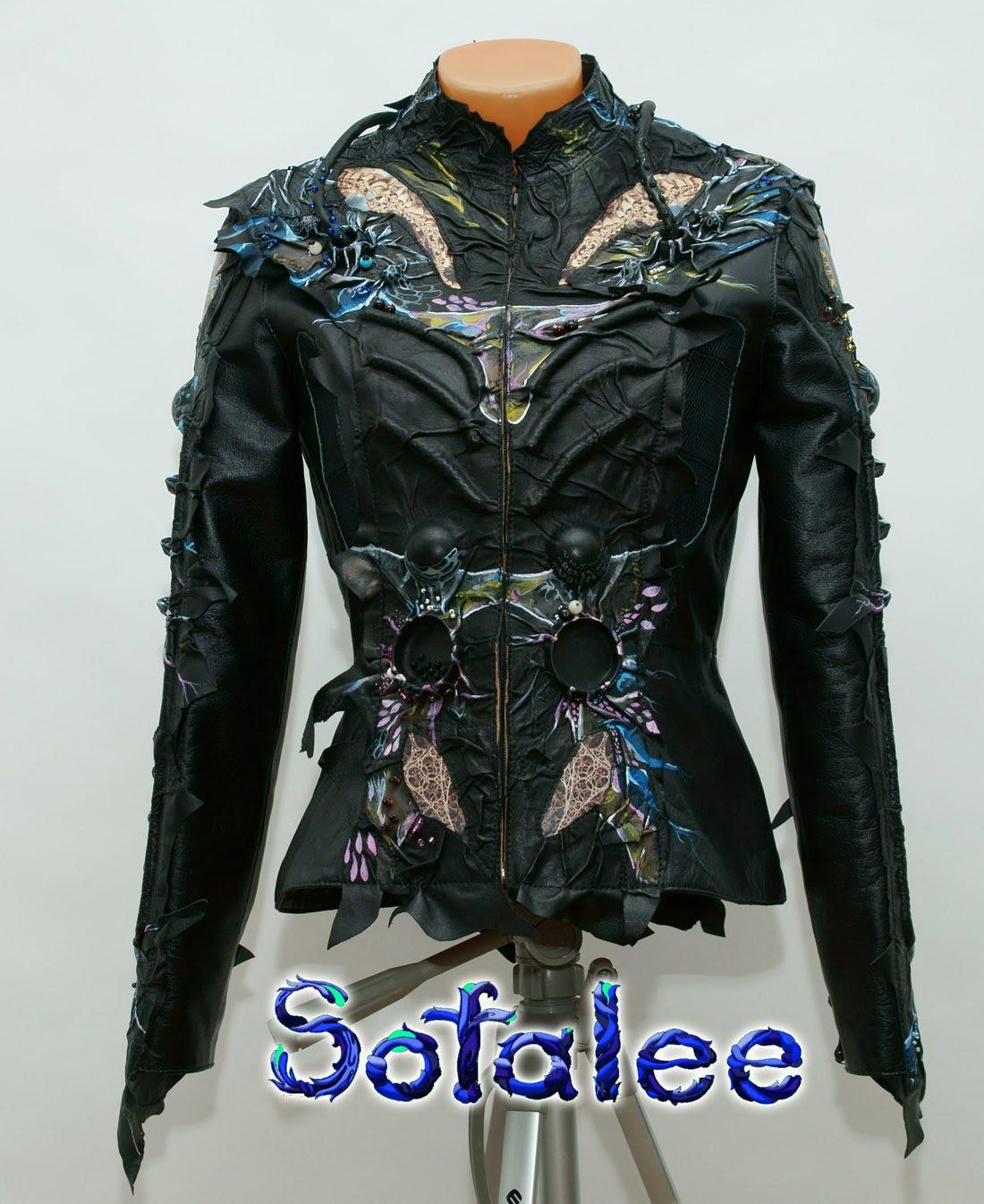 Куртка женская из кожи в стиле фэнтези 001