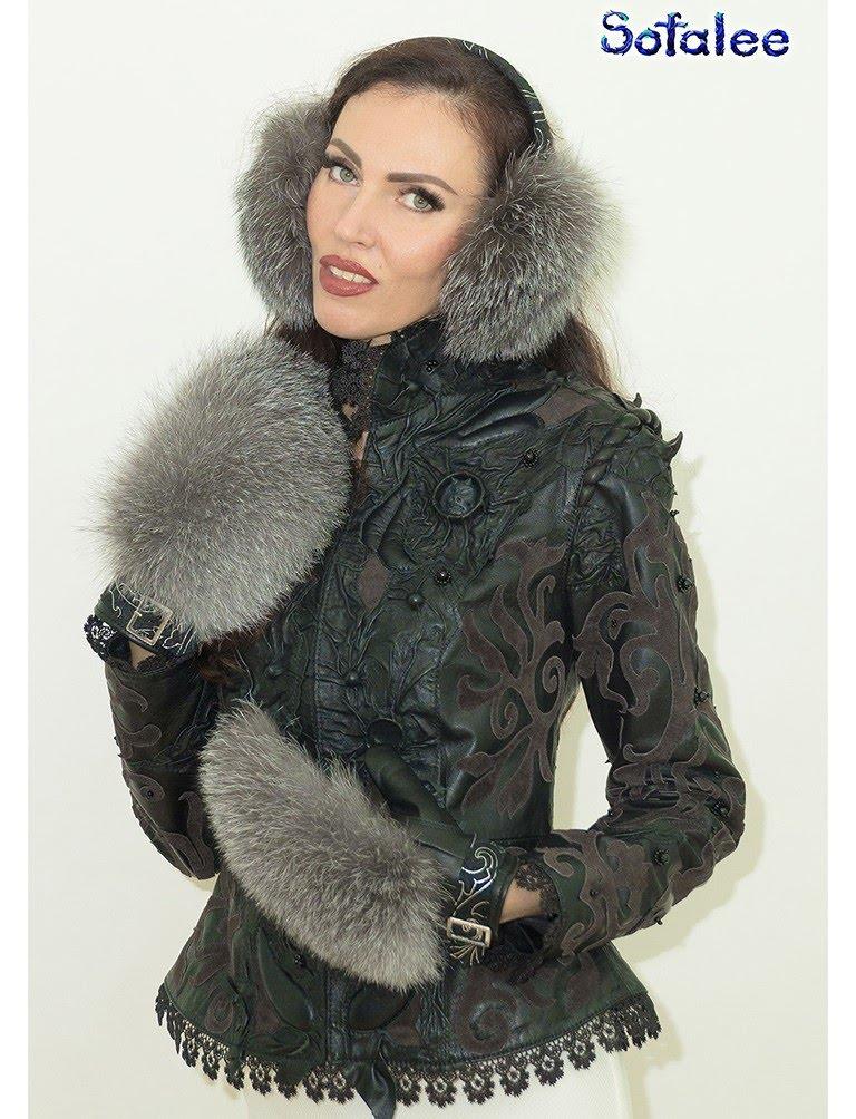 mittens of fox fur